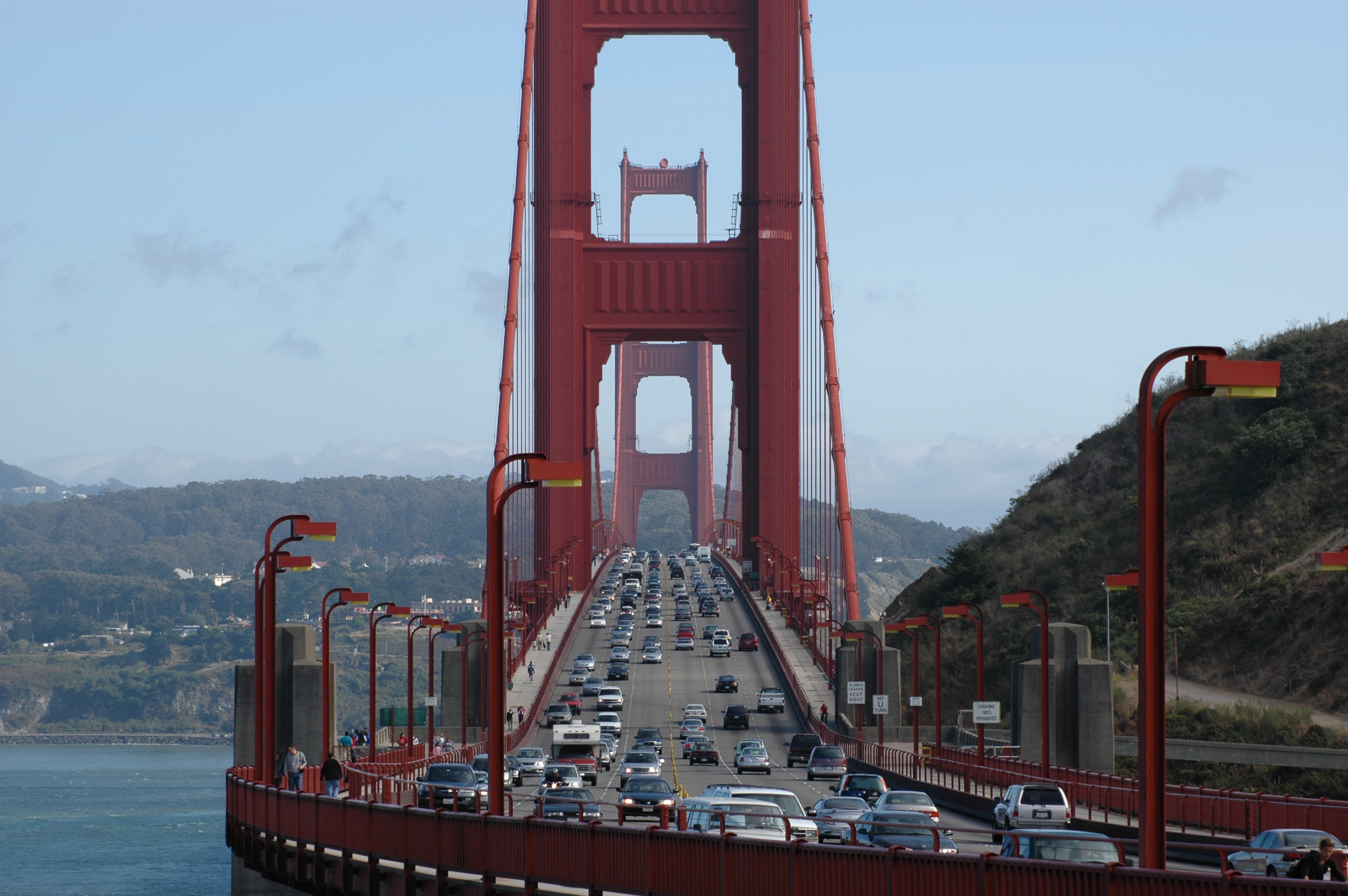 Construction on Doyle Drive causes delays on Golden Gate Bridge. Photo by Henner Zeller.
