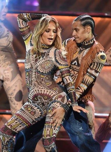 Jennifer Lopez opened the ceremony with a thrilling dance number.