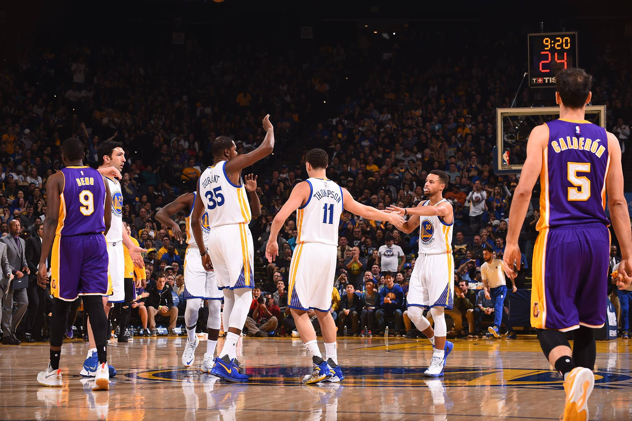 Warriors Set Assist Record In Win Over Lakers - San ...