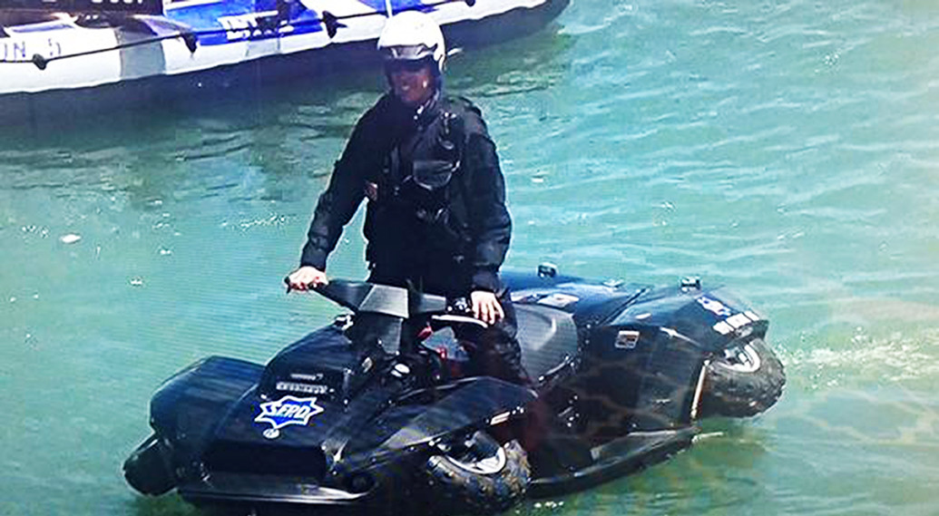 SFPD Debut the newest addition to their vehicle fleet, the Quadski.The SF News